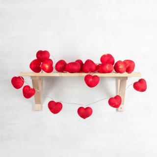 Светодиодная гирлянда Сердечки красные, из ниток
